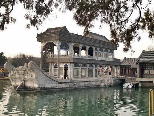 Barco de marmol
