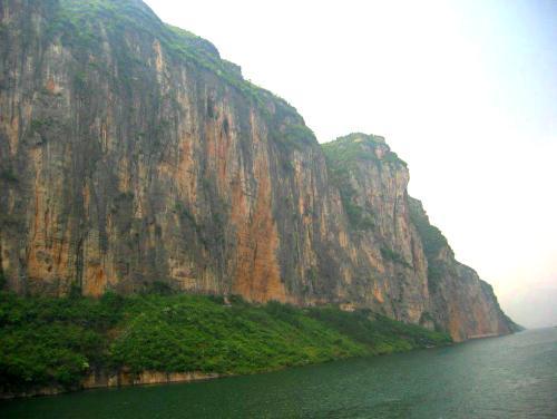 Las Tres Gargantas del Yangtse, seguimos navegando
