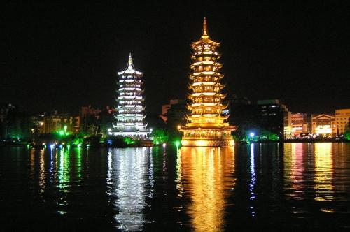 Pagodas en el Rio Lijiang de Guilin