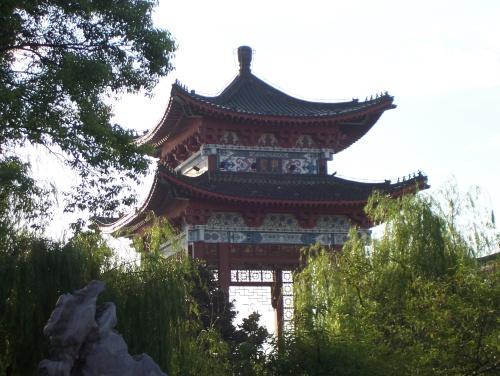 Pabellón Tengwan, gran templo cerca del Yangtze
