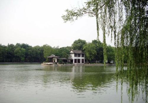 Lago Chao, famoso punto turístico en Hefei