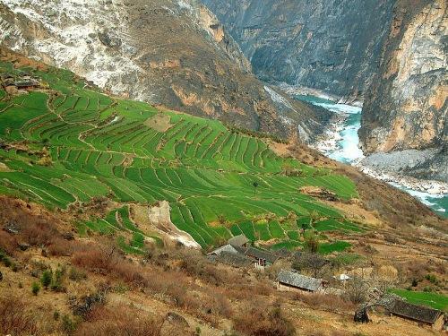 Desfiladero del Tigre Saltando en Lijiang