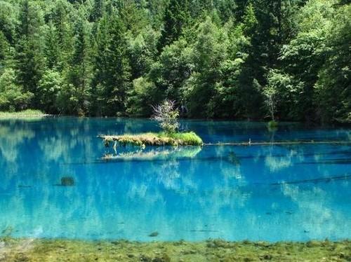 Un paseo por el Parque Nacional de Jiuzhaigou
